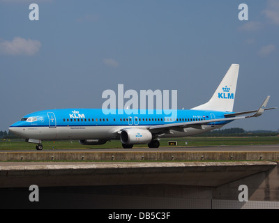 PH-BXV KLM Royal Dutch Airlines Boeing 737-8K2(WL) - cn 30370 2 - Stock Image