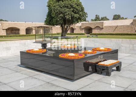 Raj Ghat memorial dedicated to Mahatma Ghandi, Old Delhi, India - Stock Image