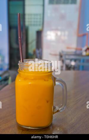 Cha Yen, Thai iced tea, Chinatown, Bangkok, Thailand - Stock Image