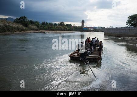 Burmese commuters, Ruili, Yunnan, China - Stock Image