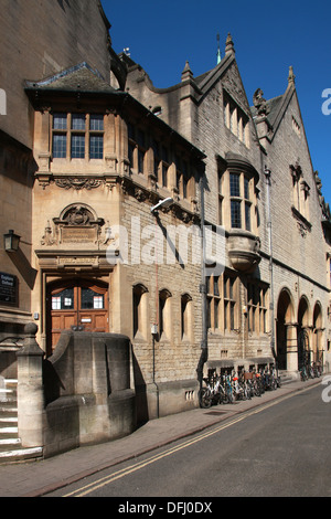 Oxford Museum and Public Library, Corner of St Aldate's and Blue Boar Street, Oxford, Oxfordshire, UK - Stock Image