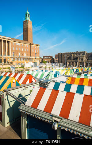 Norwich Market and City Hall, Market Place, Norwich, Norfolk, England, United Kingdom - Stock Image