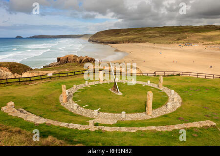 Droskyn Sundial millennium landmark on cliffs with view across Perran beach and bay. Perranporth, Cornwall, England, UK, Britain - Stock Image
