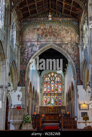 Doom Painting over the chancel arch and interior of St Thomas's Church in Salisbury, a cathedral city in Wiltshire, south-west England, UK - Stock Image