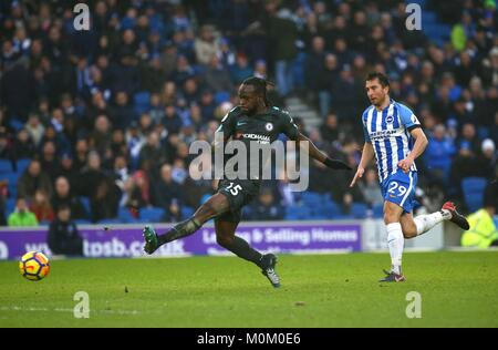 Victor Moses of Chelsea scores during the Premier League match between Brighton and Hove Albion and Chelsea at the - Stock Image