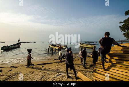 Beach scene, Goderich, Sierra Leone - Stock Image