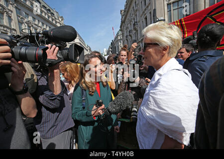 Actress Emma Thompson joins Extinction Rebellion demonstrators at Oxford Circus in London. - Stock Image