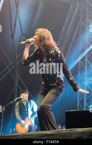 Portsmouth, UK. 29th August 2015. Victorious Festival - Saturday. Bobby Gillespie of Primal Scream during their - Stock Image