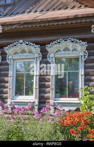 Rural house, Palekh, Ivanovo region, Russia - Stock Image