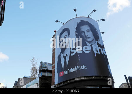 Advert poster billboard  in Shoreditch East London advertising the new album music of the Manchester band The 1975 in London England UK . KATHY DEWITT - Stock Image