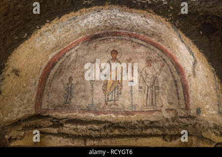 6431. Catacomb with portrait of San Gennaro, late Roman period, Naples, Italy. - Stock Image