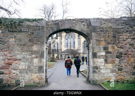 EDINBURGH, SCOTLAND - FEBRUARY 9, 2019 - Greyfriars Kirkyard, the graveyard surrounding Greyfriars Kirk - Stock Image
