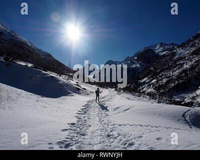 Walking in to Belvedere de Monte Viso, Parc regional de Queyras, France - Stock Image