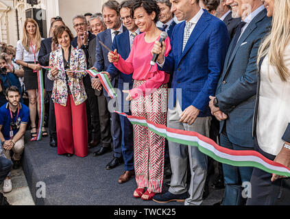Piedmont Turin - Turin auto show 2019  - Valentino park - Valentino castle Councilor Paola Pisano Cut the first inaugural tape of the event - Stock Image