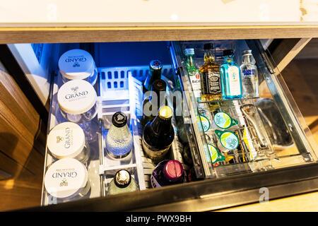 Hotel mini bar, hotel room bar, mini bar Hotel, mini bar, Hotel minibar, minibar hotel room, minibar drinks, minibar, minibar alcohol, minibar bottles - Stock Image