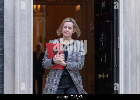London 26th March 2019, Amber Rudd MP PC Work and Pensions Secretary leaves a Cabinet meeting at 10 Downing Street, London Credit: Ian Davidson/Alamy Live News - Stock Image