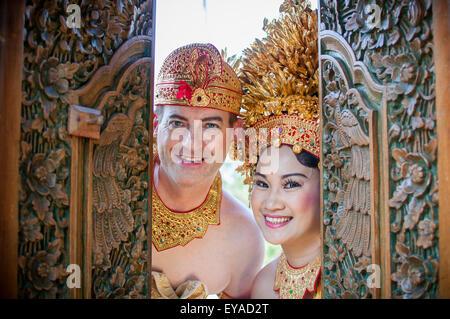 Western and Asian Couple do a Prewedding Photo Shoot in Bali - Stock Image