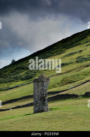The remains of Wrae Castle probably founded by the Tweedies of Wrae - Stock Image