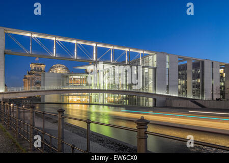 Berlin, government district,  Paul Loebe building , Spree - Stock Image