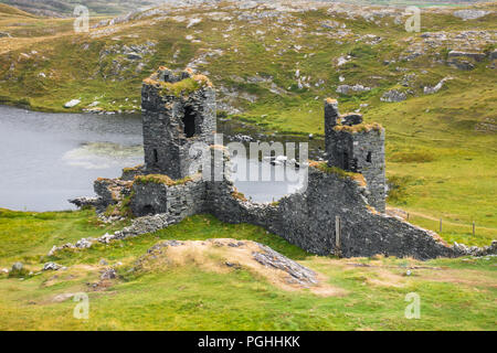 Dunlough Castle at West Cork - Ireland - Stock Image