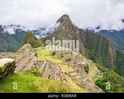 Aguascalientes, Peru - January 5, 2017. Clouds covering the Machu Picchu site - Stock Image