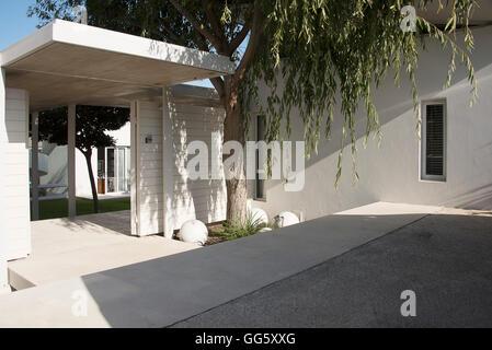 Facade of a modern house - Stock Image