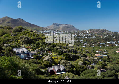 Houses at Noordhoek Beach, seen from Chapman's Peak Drive, a suburb of Cape Town, South Africa. - Stock Image