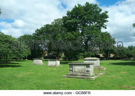 St.Edmund's Pleasance - former graveyard now a park. East Hill, Dartford, Kent, UK. - Stock Image