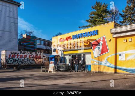 Berlin Kreuzberg Colourful exterior of Hoffmann Getranke shop. Store selling drinks. - Stock Image