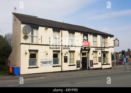 Railway Hotel on Egerton Street, Farnworth, Greater Manchester; a traditional local pub, owned by brewering company - Stock Image