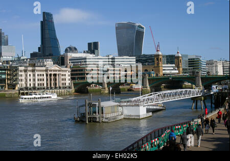 Cheesegrater to left with the Walkie Talkie wearing it's shades to prevent burning things below in Fenchurch - Stock Image