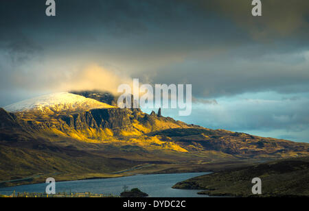 The Old Man of Storr on the Trotternish peninsula on the Isle of Skye. - Stock Image