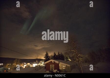 EUweather: Northern light photographed in Sørreisa, Troms, Norway. NO. 11th February, 2016. Credit:  Arthur - Stock Image