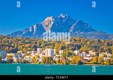 Idyllic coastal town on Lake Lucerne and Pilatus mountain view, landscape of central Switzerland - Stock Image