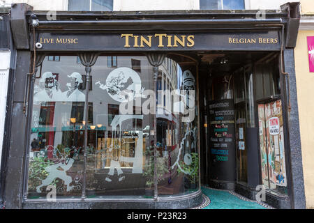 Tin Tins pub in Hastings, East Sussex, England , UK - Stock Image