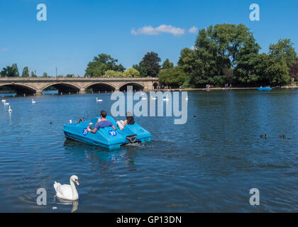 Pedalo on the Serpentine - Stock Image