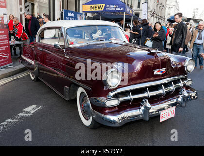 Three-quarter front view of a 1954 Chevrolet Bel Air, on display at the 2018 Regents Street Motor Show - Stock Image