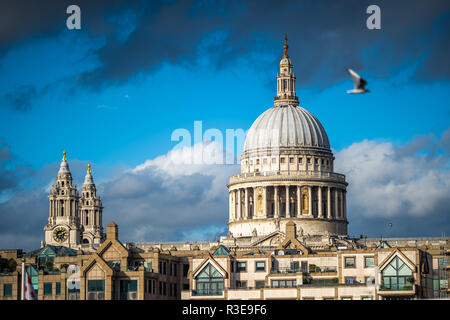 St. Paul's Cathedral, London, England against blue skies on sunny day - Stock Image