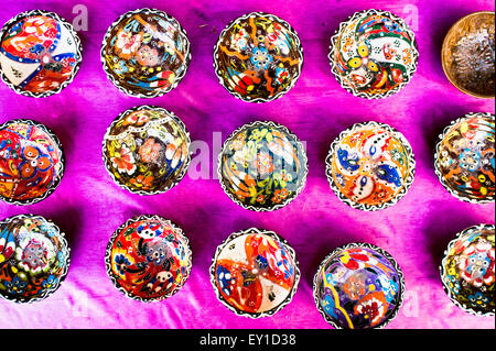 Seelction of traditional bowls at a market in Turkey - Stock Image