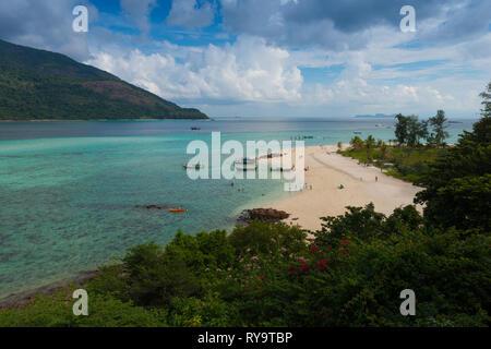 Aerial view of Ko Lipe beautiful Sunrise beach, Bulow beach, thailand - Stock Image