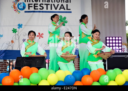 Chinese dancers performing a traditional dance at the International Festival on June 7, 2014 in Arkansas. United - Stock Image