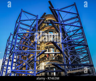 Blue Scaffolding structure fixed around Stanley Buildings under renovation In Liverpool, Merseyside, Uk in 2006. - Stock Image