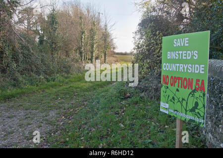 No Option 5A protest sign objecting to the new Arundel bypass, Binsted, West Sussex. Binsted is a village steeped in folklore. - Stock Image