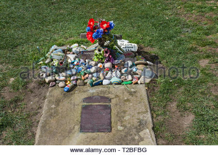 Sambo's grave in a remote location on the Lancashire Coast at  Sunderland Point, Lancaster, Lancashire, England, UK - Stock Image