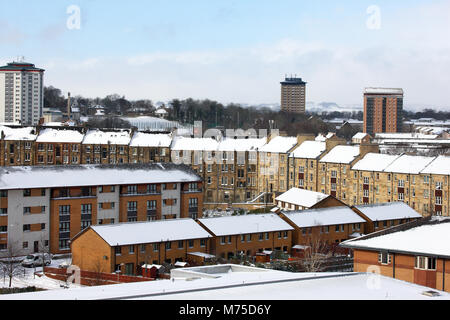 Snow covered rooftops in Paisley, Scotland - Stock Image