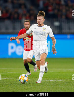 Optus Stadium, Burswood, Perth, W Australia. 17th July 2019. Manchester United versus Leeds United; pre-season tour; Kalvin Phillips of Leeds United breaks with the ball through the middle Credit: Action Plus Sports Images/Alamy Live News - Stock Image
