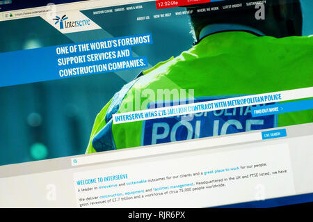 Home page of the website of Interserve the UK based multinational support services & construction company highlighting work with Metropolitan Police. - Stock Image