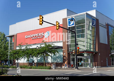Shoppers Drug Mart store in Park Royal South, West Vancouver, BC, Canada - Stock Image