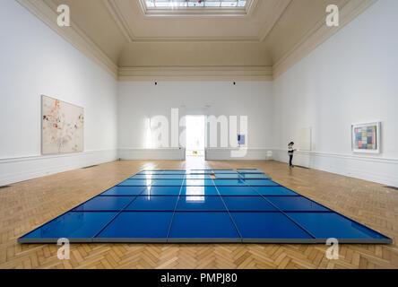 Pino Pascali, 32 mq di mare circa (32 Square Meters of Sea), 1967, sculptural installation, Galleria Nazionale di Arte Moderna Rome - Stock Image