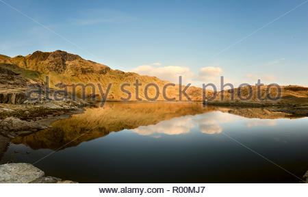 Lake and mountain in Wales - Stock Image